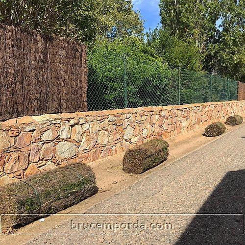 Bruc natural Emporda vallas jardin